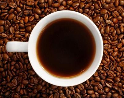 El efecto estimulante de la cafeína afecta más a los hombres